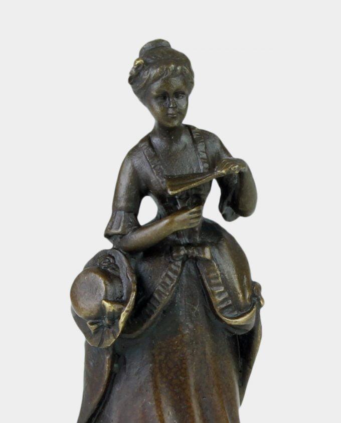 Dzwonek z Brązu Dama z Wachlarzem