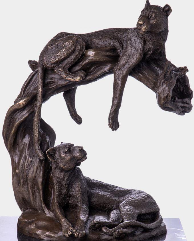 Odpoczywające Leopardy Rzeźba z Brązu